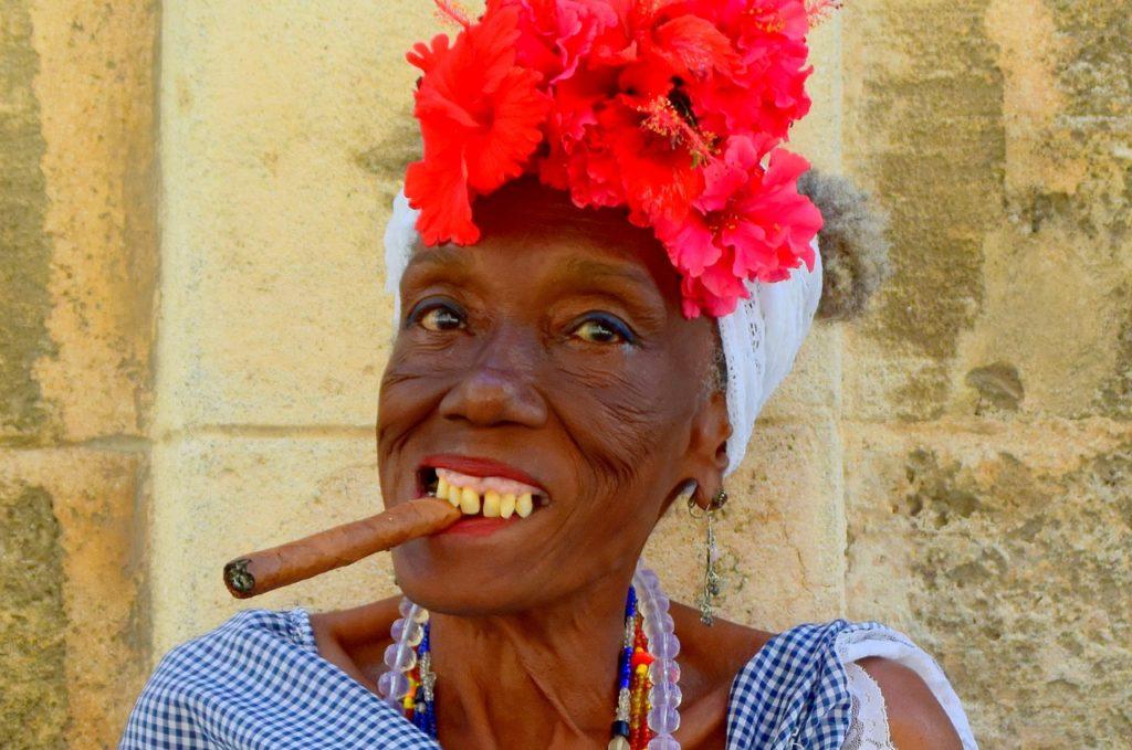 cuba granny sigaro